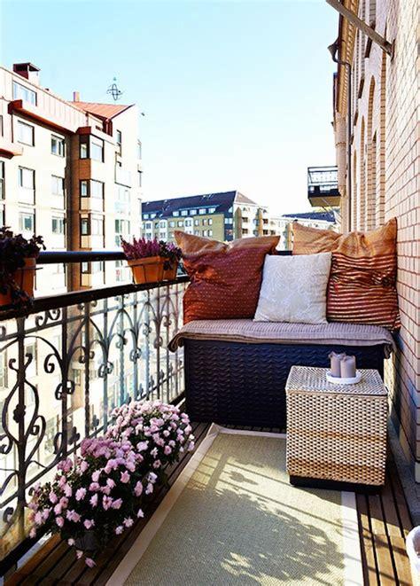 tapis exterieur balcon d 233 coration balcon en automne 30 id 233 es pour y cr 233 er une ambiance cosy
