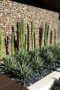 mur gabion dans le jardin moderne un joli 233 l 233 ment fonctionnel