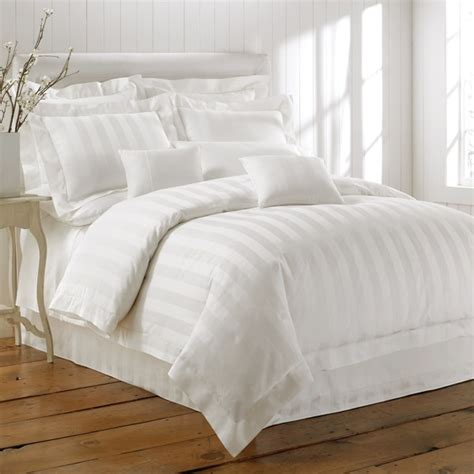 best white sheets 17 best images about white bedding on pinterest white