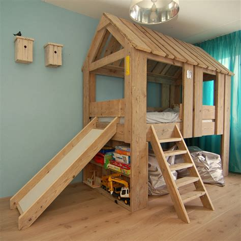 treehouse loft bed treehouse bed with bookshelves and slide boomhut bed met