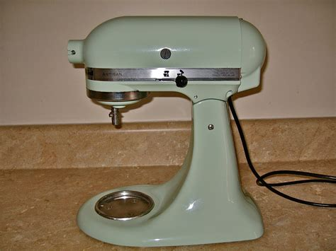 spray paint kitchenaid mixer owen s kitchenaid mixer rehab diy