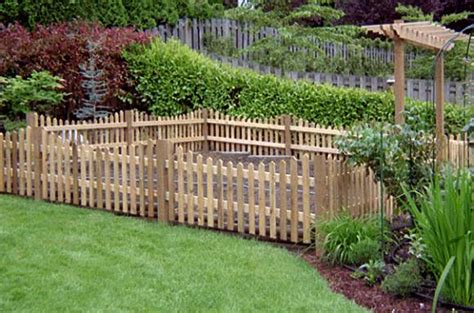 Garden Fence Ideas For Dogs Homeofficedecoration Garden Fencing Ideas For Dogs