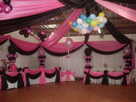 decorar mesa con telas ideas para la decoracion de fiestas con tela