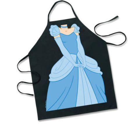 Funko Pop Vynil 9377 disney cinderella apron all things disney
