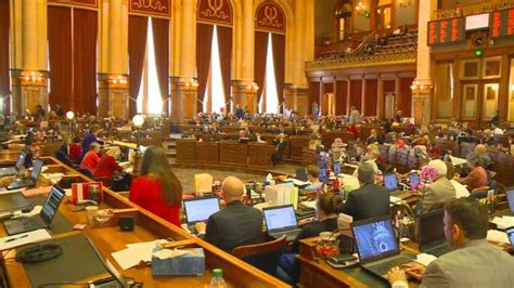 iowa house passes bill that will shorten time for