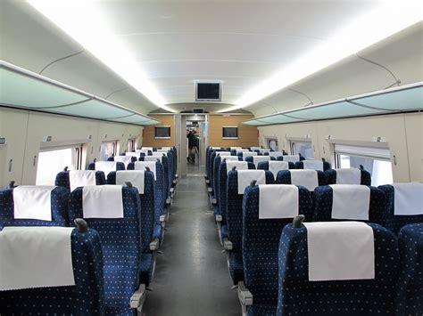 couch class file crh380a second class coach 20130211 jpg