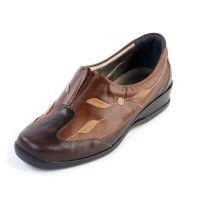 sandal e wide fitting and designed to