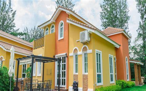 warna cat tembok luar rumah  bagus