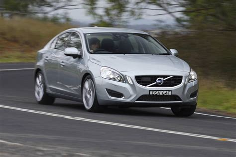 Volvo T6 Review by Volvo S60 T6 Review