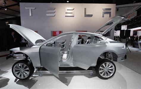 Tesla Aluminum Tesla Enth 252 Llt Model 3 F 252 R 35 000 Dollar Am 31 M 228 Rz