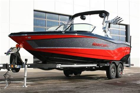 boat dealers chicago mastercraft boats of chicago illinois new used boat dealer