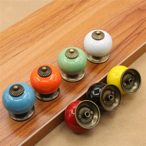 Childrens Wardrobe Door Handles by 2pcs Lot 8 Colors Room Door Handles Ceramic