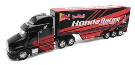 hondas toys and trucks new toys honda bull team semi truck and trailer