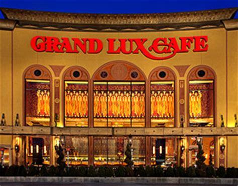 Garden State Plaza Hiring Restaurant Grand Cafe 1 Garden State Plaza Paramus