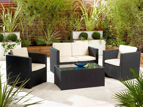 tips to choosing the best patio furniture