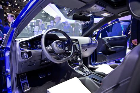 Mk7 Golf R Interior by Volkswagen Golf R To Debut At 2014 Detroit Auto Show With