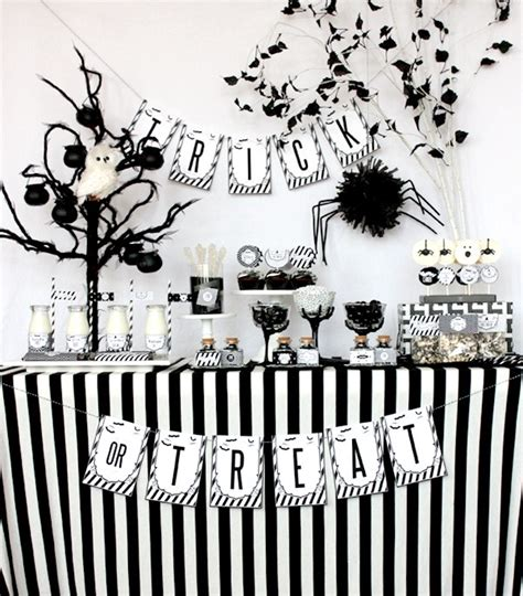 black and white themes and decor 10 black and white decorating ideas