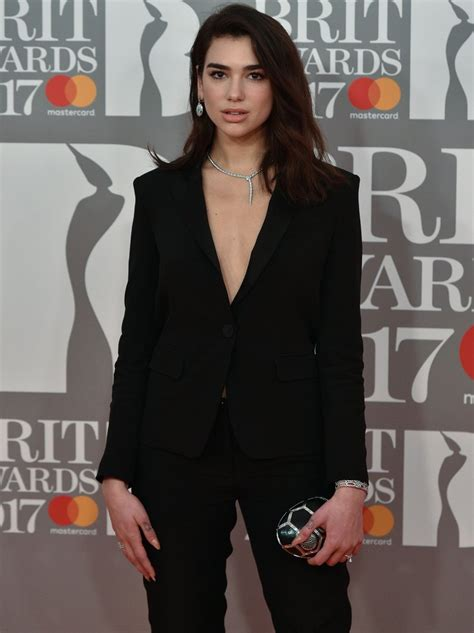 dua lipa red carpet brit awards 2017 red carpet fashion photos capital