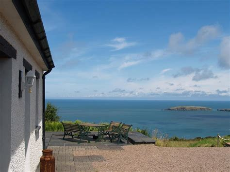 Cottages To Rent In Wales By The Sea sea view cottages rent self catering accommodation with a sea view