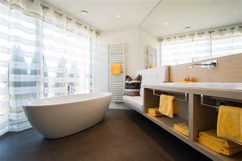 camere da letto arredate cool la al primo piano dispone di un balcone e