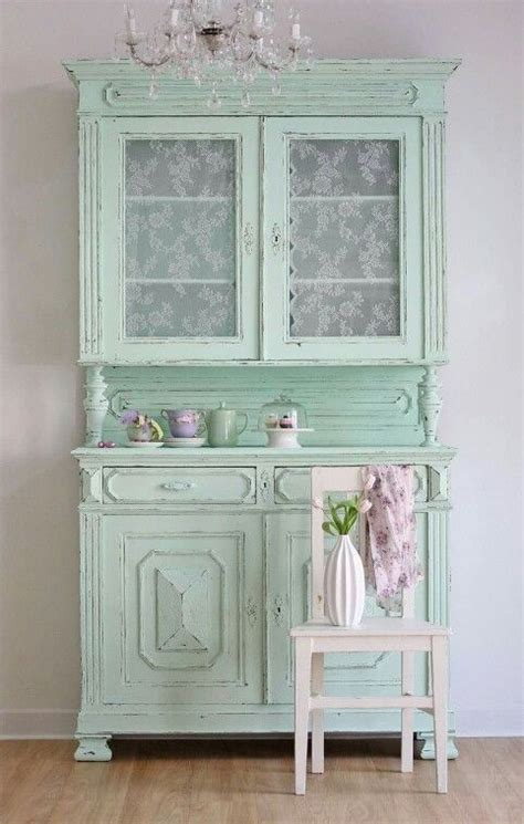 shabby chic tableware 26 ways to create a shabby chic dining room or area