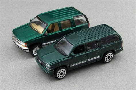 matchbox chevy suburban 2000 chevrolet suburban motormax with matchbox t by
