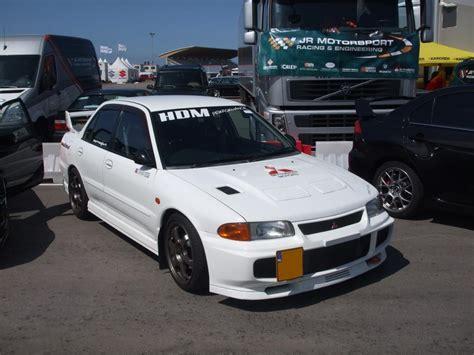 white mitsubishi evo wallpaper 100 white mitsubishi evo wallpaper mitsubishi