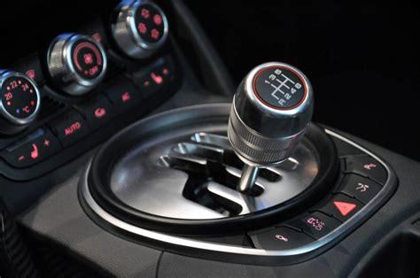 Auto Mit Automatik by Bedienung Des Fahrzeugs Starten Schalten Tanken