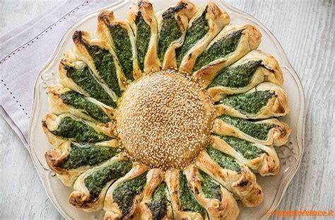 torte fiore torta fiore con ricotta e spinaci ricetta semplice e