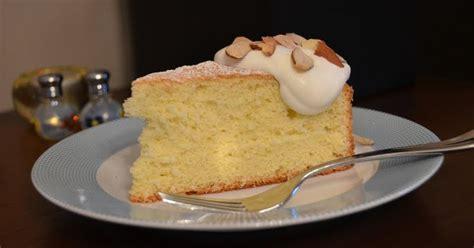playing  flour almond sponge cake