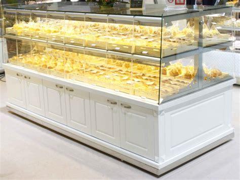 Etalase Rak Roti produksi etalase untuk kue dan roti hingga mencapai