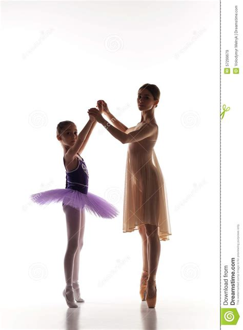 libro teaching dance a dance teaching the little ballerina dancing with personal ballet teacher in dance studio stock image image of