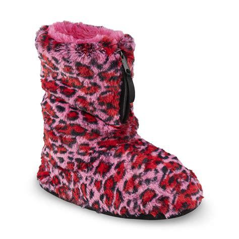 pink dearfoam slippers dearfoams s pink leopard print bootie slipper sears