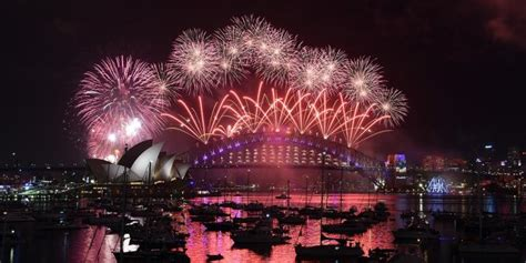 new year di indonesia perayaan tahun baru di berbagai negara portal pendidikan