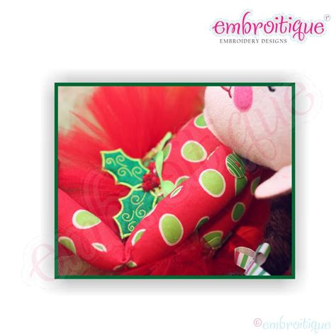 printable movable elf christmas elf doodley doll main pattern used to create