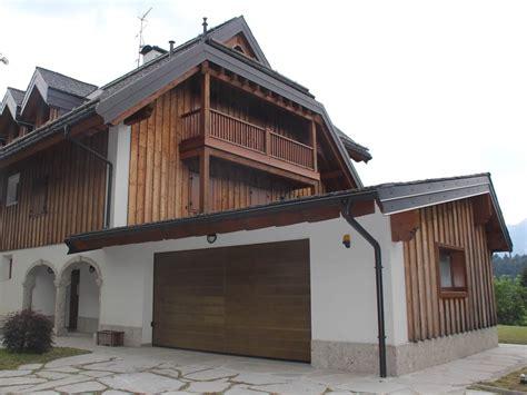 porte sezionali breda portone sezionale in legno breda wood line civic