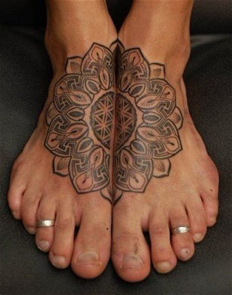 tattoo feet instagram ink tattoo art bodyart inked foot girl body henna