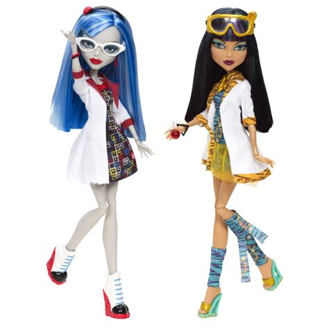 High Draculaura Cleo And Nile Ghoulia Yelps Doll Original high papusi in clasa cleo de nile si ghoulia
