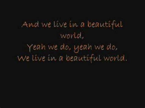 coldplay we live in a beautiful world don t panic coldplay vagalume