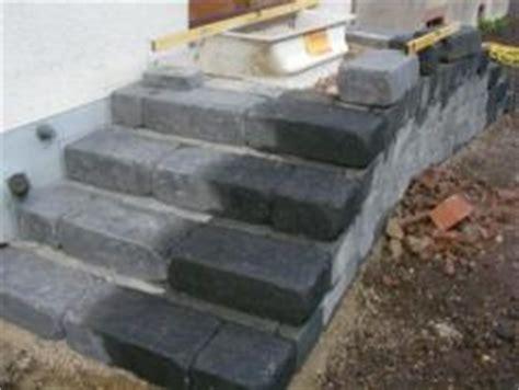 treppenstufen nachträglich schließen graue granitsteine als au 195 ÿentreppe bauunternehmen