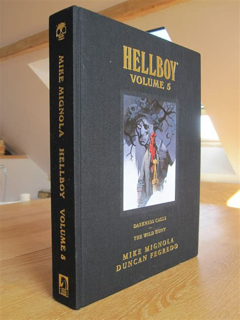hellboy library edition volume 1595823522 my absolute collection hellboy library edition volume 5