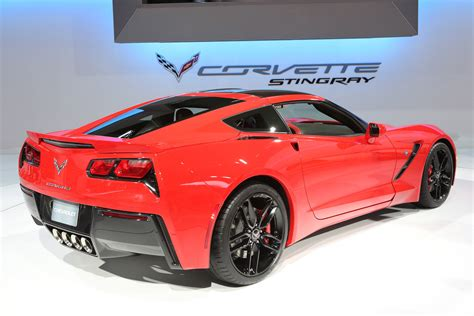 2014 chevrolet corvette stingray everything there is to most efficient sports car 2014 chevrolet corvette stingray