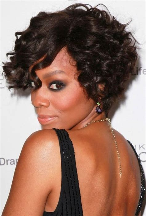 african american short bob for the round face short curly hairstyles for round faces for african