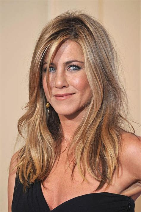 Jennifer Aniston Triangle Bangs | say no to the triangle effect 15 hairstyles for thick