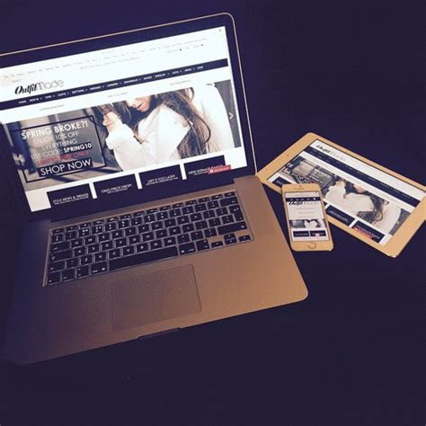 image gallery laptop
