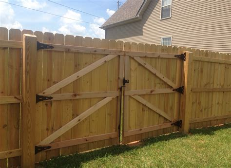cost to fence a backyard fence how to build a privacy fence marvelous yourself