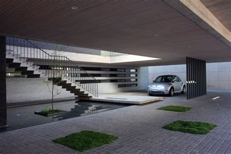 Garages With Apartments On Top by Top 5 Modern Garage Designs Interiorholic Com