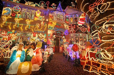 worst cities for christmas 21 worst places to spend