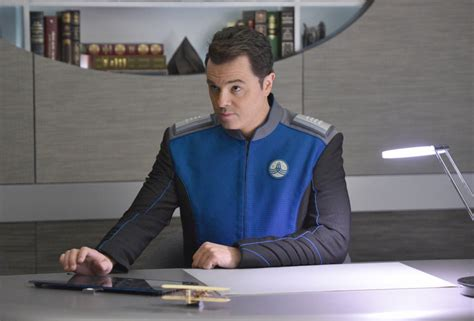 the orville review seth mcfarlane s new fox sci fi