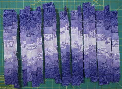 How To Make A Bargello Quilt by How To Make A Bargello From A Fabric Run Quilts By Jen